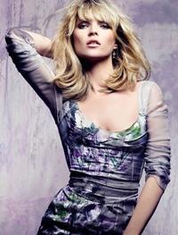 Kate Moss, pe coperta revistei cu iepurasi
