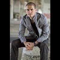 Matei Dima, primul roman castigator al primei editii de YouTube Music Awards