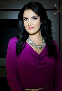 "Monica Colceriu prezinta ""M Magazine"" pe TVR 2"