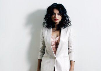 Aylin Cadir reinterpreteaza stilul pin-up in propriul mod