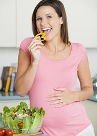 Cele cinci elemente deosebit de importante in dieta gravidei