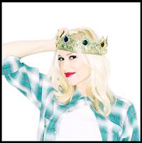 Gwen Stefani va avea inca un baietel