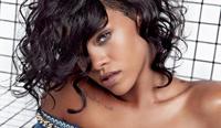 Rihanna, imaginea campaniei Balmain de primavara