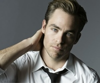 Chris Pine este noua imagine a parfumului Armani Code
