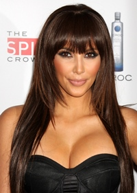 Kim Kardashian lucreaza la o colectie de haine pentru copii