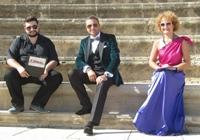 Agenda lui Catalin Botezatu pe 2014: patru emisiuni TV si 32 de prezentari de moda in lume