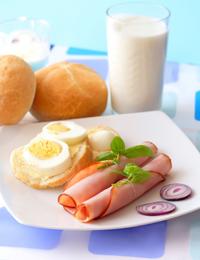Francezii isi pun sanatatea un pericol prin neglijarea micului dejun