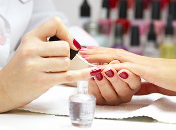 Salon Maison Paris, o oaza de rasfat pentru unghiile tale