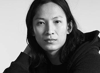 Alexander Wang va crea o colectie de haine pentru H&M