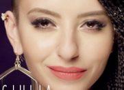 """Piesa Giuliei """"Jocuri deocheate"""" beneficiaza acum si de un videoclip"""