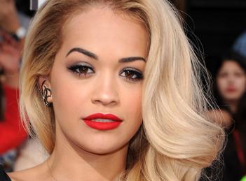 Rita Ora a trecut peste despartirea de Calvin Harris
