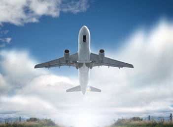 O fosta stewardesa pune la zid pasagerii fara bun simt