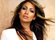 """Jennifer Lopez visează la un stil de """"viaţă simplu, natural"""""""
