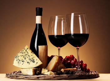 Vinul, sursa de resveratrol