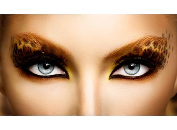 """Machiajul """"ochi de pisica"""" pentru o privire patrunzatoare"""