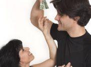 Partenerul ideal este bogat si cu simtul umorului