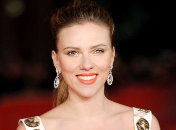 S-a maritat Scarlett Johansson?