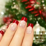 Pregatiri pentru Revelion: par si unghii