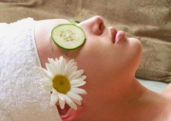 Top 5 masti naturale pentru ten acneic