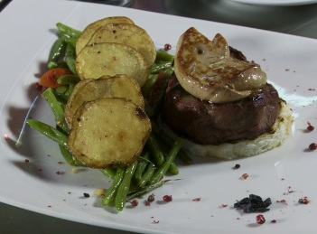 Reteta culinara: Muschi de vita cu foie gras