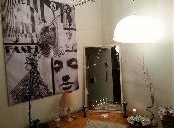 BONE si Laura Lazar prezinta Objects of Desire