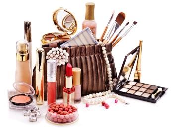 Parabenii din produsele cosmetice: o amenintare sau nu pentru sanatate?