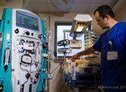 Un bebelus a fost salvat de dr. Carstoveanu cu ajutorul unui proiect caritabil