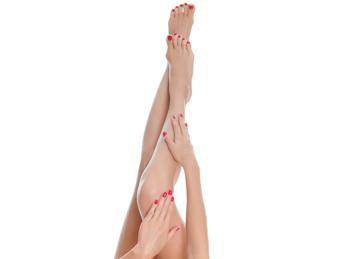 Unghii ingalbenite la picioare: care sunt cauzele si ce solutii exista?