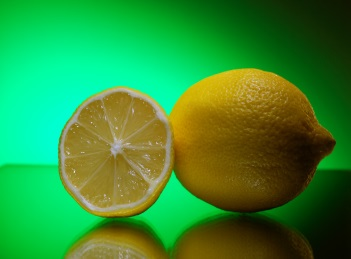 Beneficiile sucului de lamaie pentru par