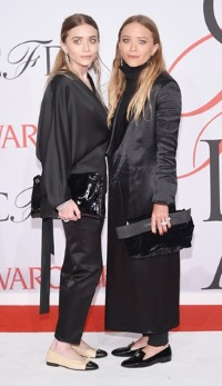 Mary-Kate si Ashley Olsen au triumfat la gala de acordare a premiilor CFDA