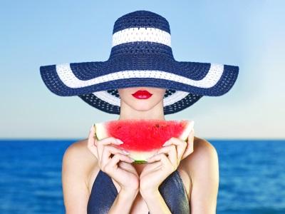 Topul fructelor si legumelor care hidrateaza organismul pe timp de vara