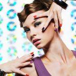 Unghiile multicolore, elementul cheie pentru un look fashionable