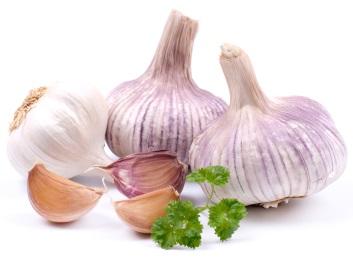 Alimente care anihileaza mirosul de usturoi