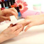 Cum iti pastrezi mainile tinere?