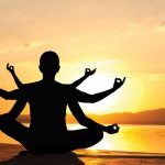 10 beneficii ale practicarii yoga