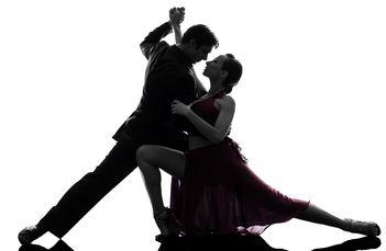 Tangou si salsa. Uita de griji prin dans!