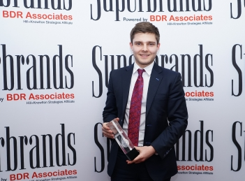 CATENA, distinsa cu Trofeul SUPERBRANDS Romania in 2015