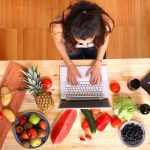 Vrei sa ramai insarcinata? Schimba-ti obiceiurile alimentare proaste!