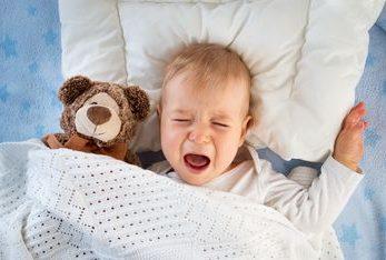 7 motive pentru care bebelusii plang
