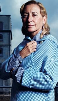 Miuccia Prada, creatoarea de moda ce a impus tendinte vestimentare globale