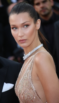Cele mai reusite coafuri si machiaje la Cannes 2016