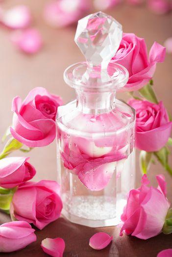 Apele florale si beneficiile lor pentru ten