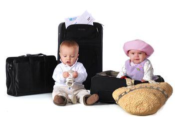 Cu bebe in avion
