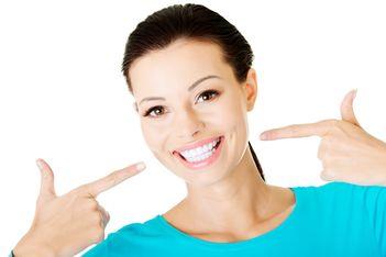 Ce trebuie sa stii inainte sa-ti faci implant dentar