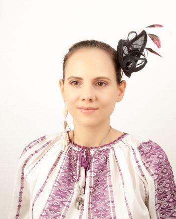 "Iulia-Victoria Neagoe: ""Parfumul este o extensie a personalitatii"""