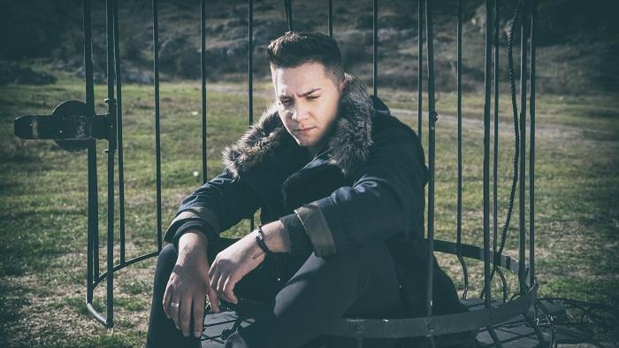 """Florin Raduta, castigatorul """"X Factor"""" 2015: """"Ma bucur ca am ramas cu picioarele pe pamant si nu m-am pierdut in multime"""""""