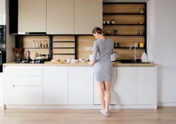 Economisește timp și bani cu aceste trucuri în bucătărie