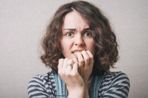 Ai grija! Aceste 7 obiceiuri banale, pe care le are toata lumea, te imbolnavesc