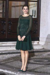 Regina Letizia a Spaniei, superba intr-o rochie verde, culoarea anului 2017