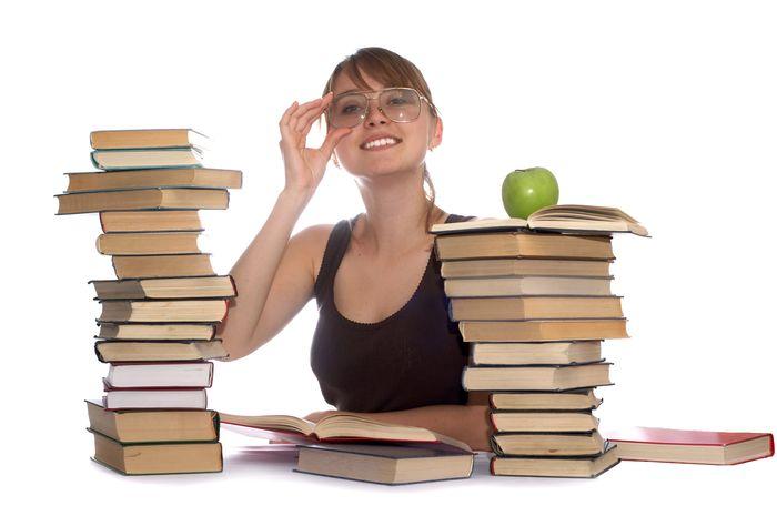 Studiezi noaptea? Iata 9 sfaturi pentru a nu adormi